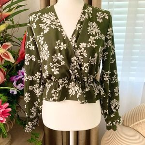 🌙 LUCCA Floral Peplum Faux Wrap Blouse Green
